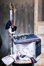 """Βαπτιστικό κουτί ξύλινο για αγόρι 110 by erofili.  Χειροποίητο κουτί ξύλινο με αποθηκευτικό χώρο σε χρώμα έντονο γκρι και θέμα θαλασσινό """"φάλαινα"""". Συνδυάζεται με την αντίστοιχη λαμπάδα και το λαδοσετ. Στο κατάστημα μας θα βρείτε μεγάλη συλλογή από βαφτιστικά υψηλής ποιότητας και αισθητικής, λαδοσετ, μαρτυρικά, ευχολόγια, λαμπάδες μπομπονιέρες και ότι άλλο μπορεί να χρειαστείτε για την βάφτιση."""