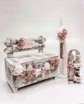 """Βαπτιστικό κουτί για κορίτσι """"garden-bench"""" by Elena Manakou  Χειροποίητο ξύλινο κουτί βάπτισης παγκάκι όλο ζωγραφισμένο στο χέρι σε vintage χρώματα, διακοσμημένο με χειροποίητα λουλούδια σε απόχρωση σάπιο μήλο συνδυάζεται με την αντίστοιχη λαμπάδα και λαδοσετ."""