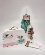 """Βαπτιστικό κουτί βαλιτσάκι για κορίτσι """"Tropical Island"""" by Elena Manakou  Χειροποίητο ξύλινο κουτί βάπτισης βαλιτσάκι """"Tropical Island"""" ζωγραφισμένο στο χέρι και συνδυασμένο με τη λαμπάδα και τα αξεσουάρ βάπτισης, λαδοσετ λαδόπανα βιβλίο ευχών..."""