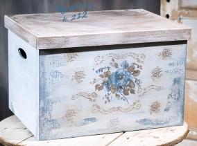 Βαπτιστικό κουτί χειροποίητο με αποθηκευτικό χώρο 212 by erofili.  Χειροποίητο ξύλινο κουτί βάπτισης για κορίτσι με αποθηκευτικό χώρο. Σχεδιασμένο και ζωγραφισμένο στο χέρι σε vintage ύφος με ιδιαίτερα χρώματα. Συνδυάζεται με την αντίστοιχη λαμπάδα καθώς και με όλα τα αξεσουάρ της βάπτισης.